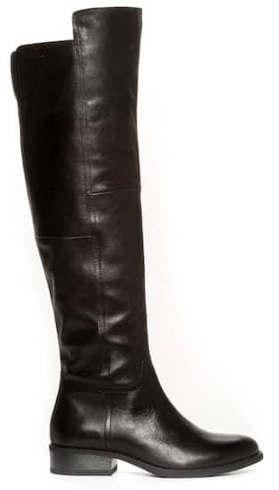 Stövlar över knät så bär du höga trenden | Nöje | Expressen