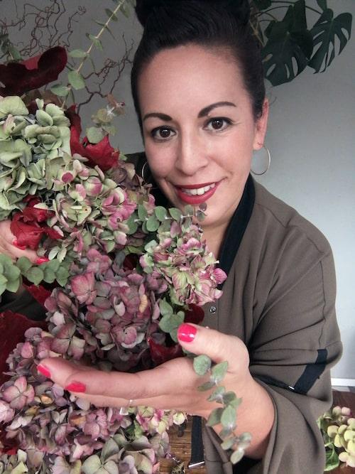 """""""Jag har blandat stora och små blommor"""", säger Zandra."""