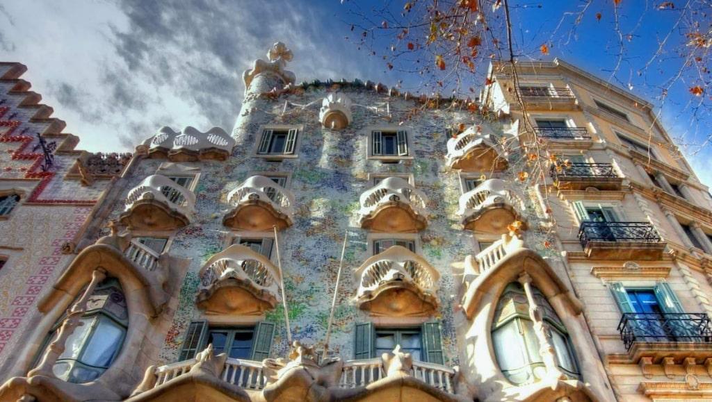 Casa Battlo, en skapelse av Gaudí , som präglat stadens arkitektur så  mycket.