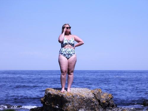 Johanna ville inte visa sig i badkläder eller följa med sina vänner till stranden.