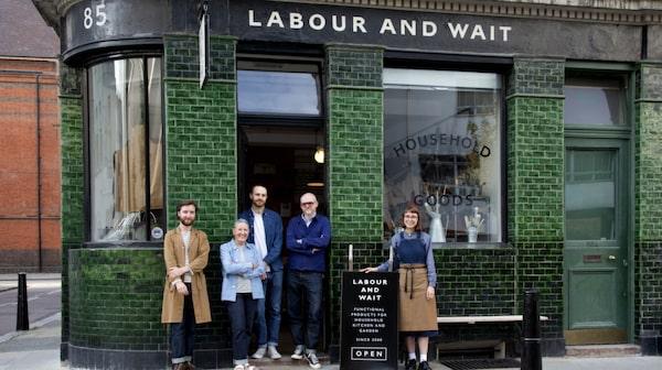 Labour and wait är värt ett besök.