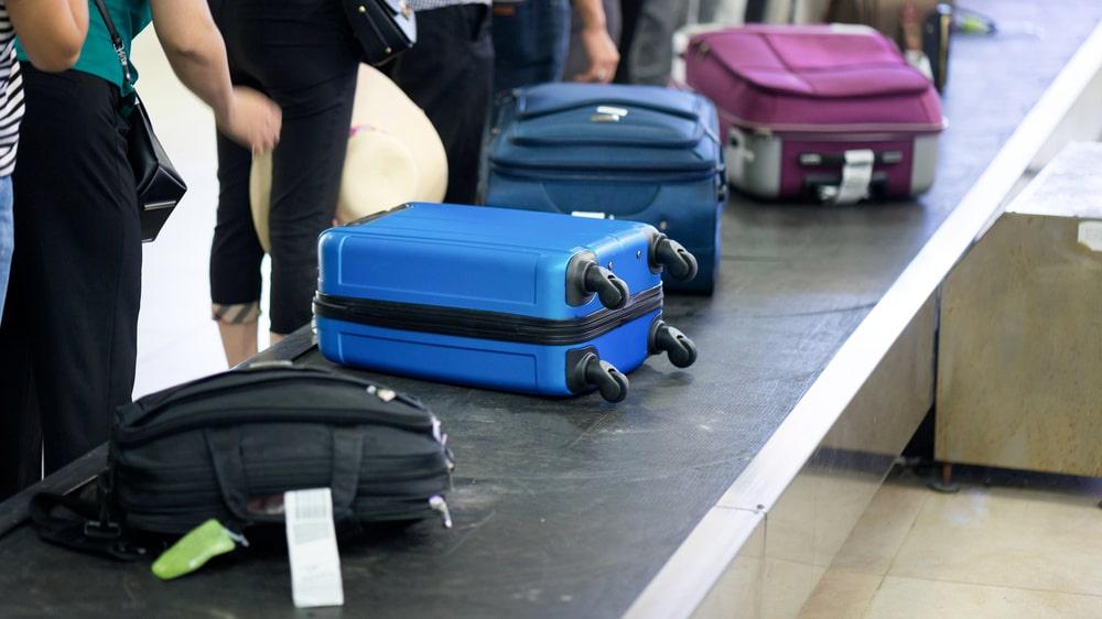 En egenskap som delas av de flesta som tenderar att packa för mycket, är lite paradoxalt att de alltid kommer hem med mer prylar än de hade när de åkte.
