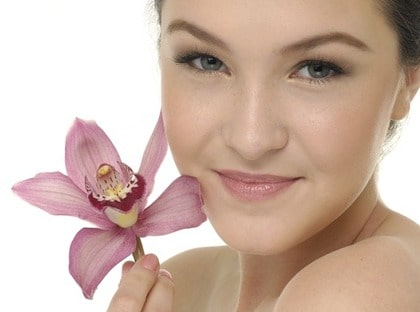 SKÄM BORT DIG. Det finns många härliga produkter som förgyller skönhetsrutinerna.