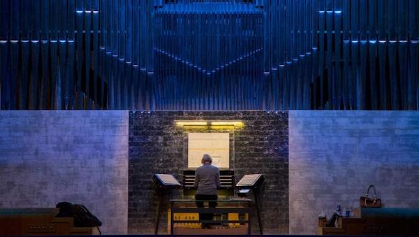 År 2012 invigdes världens modernaste orgel i Studio Acusticum, Piteås konserthus med den spektakulära 75 meter höga neonfärgade spiran.