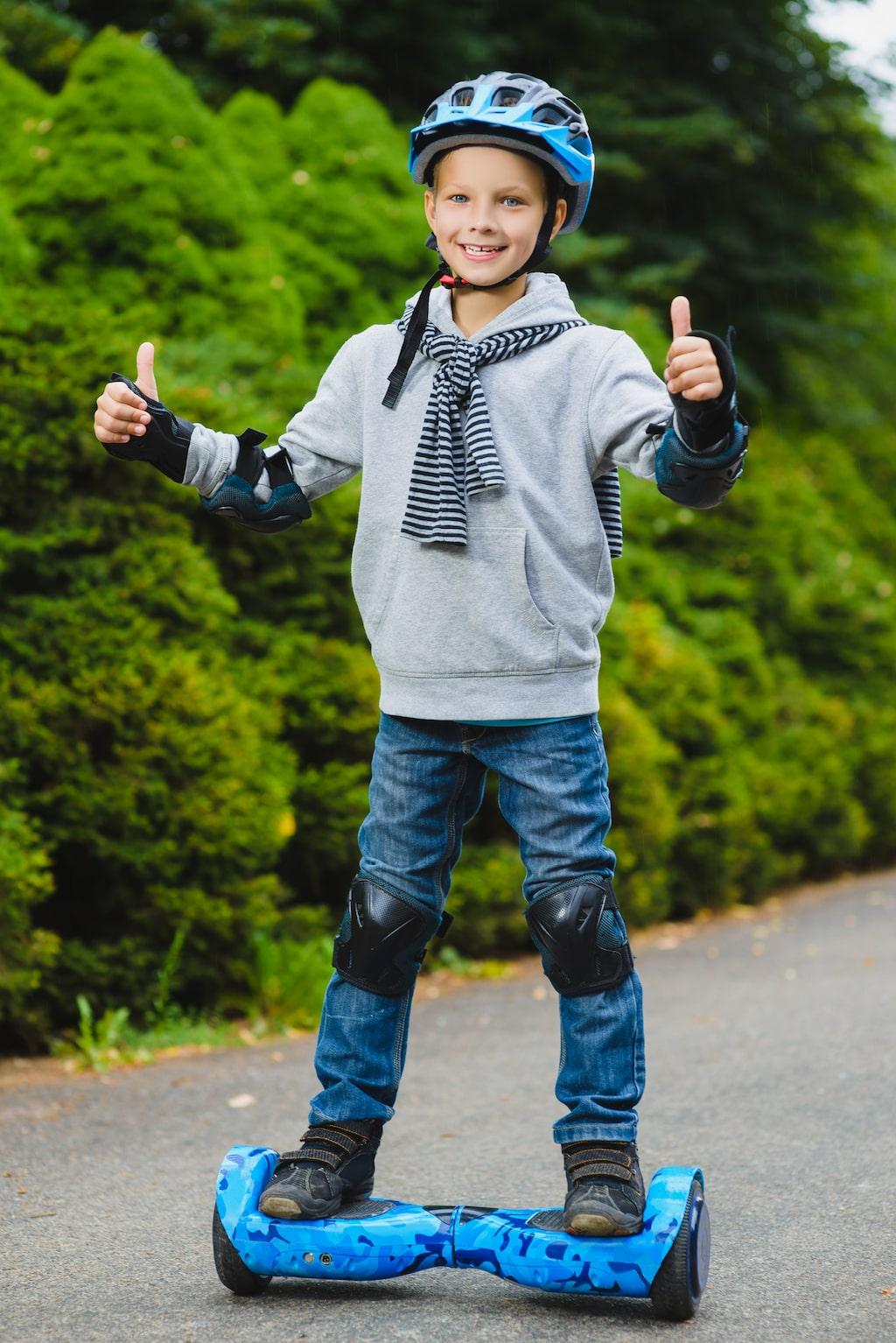 En hoverboard har stått högt på många barns önskelista i år.