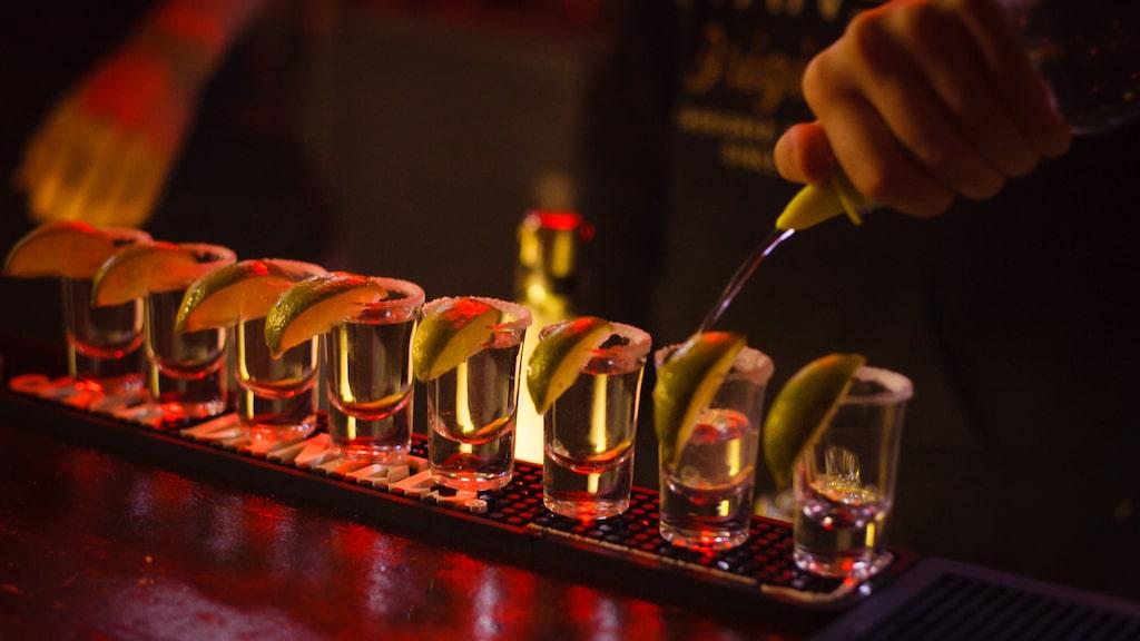 Personerna som drabbats hade bland annat druckit tequila, vilket har fått USA:s utrikesdepartement att gå ut med en varning.