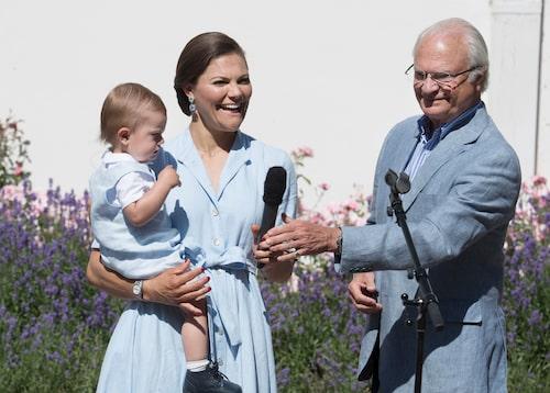 Firandet av kronprinsessans Victorias födelsedag på Solliden, Öland, med prins Oscar, prinsessan Estelle, prins Daniel, drottning Silvia och kungen