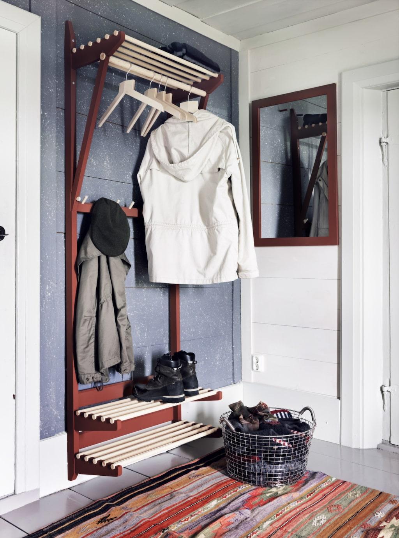 Norrgavels numera klassiska möbel för hallen går att få i olika färger och bredder.