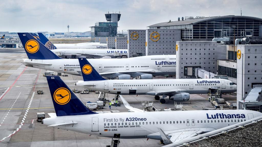 Lufthansa hamnar på en tredjeplats med sex fall.