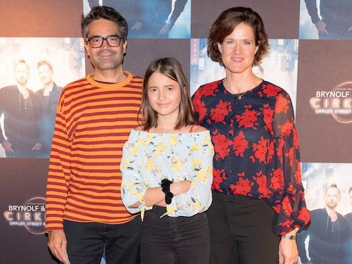 Hela familjen på premiären av Brynolf & Ljungs föreställning Cirkeln på Cirkus i Stockholm i november.