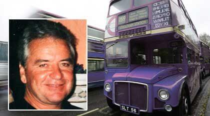 De röda London-bussarna blev blå för John Pettigrew. Han hade ätit för mycket Viagra.