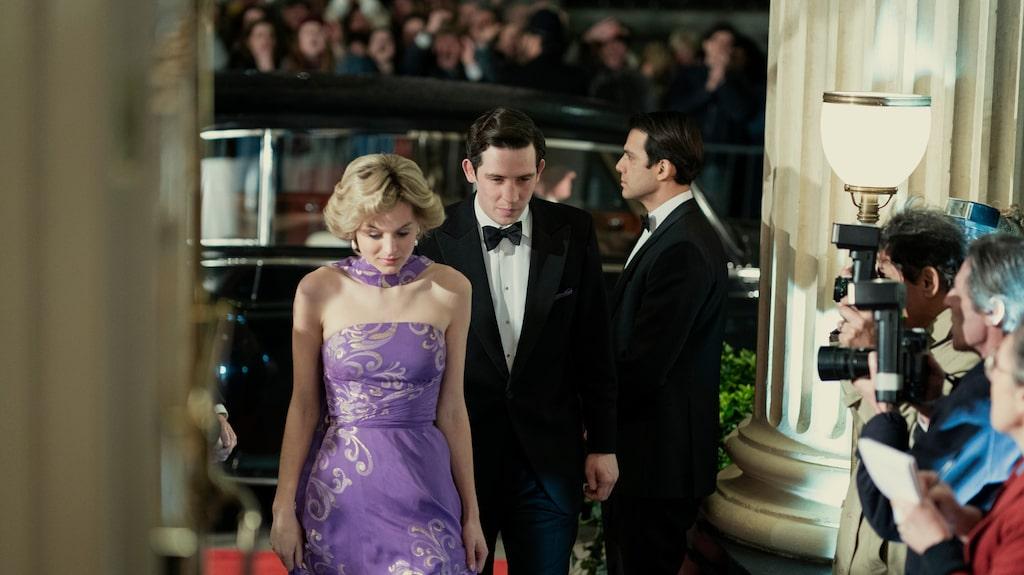 """Diana (Emma Corrin) och Charles (Josh O'Connor) i nya säsongen av """"The Crown""""."""