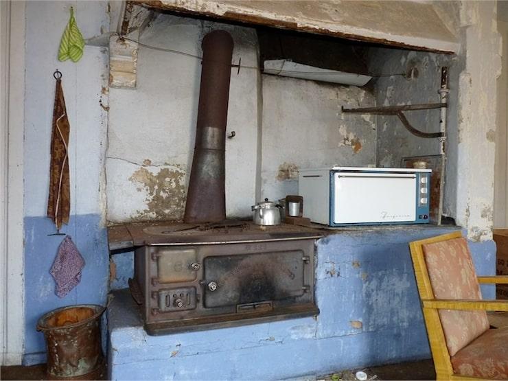 Huset som byggdes 1909 är nedgånget och i behov av renovering.