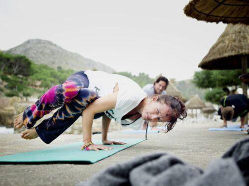 Malin Berghagen älskar yoga.