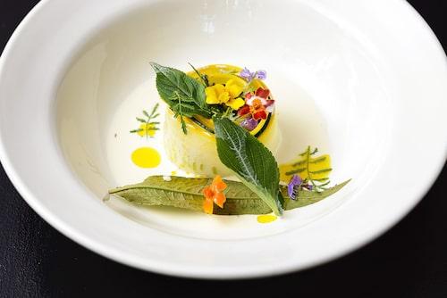 Taxinge Krog bjuder på ekologisk gastronomi.