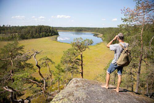 Micke Andersson på Naturkraft Eskilstuna erbjuder guidad vandring på valfri sträcka på Sörmlandsleden.