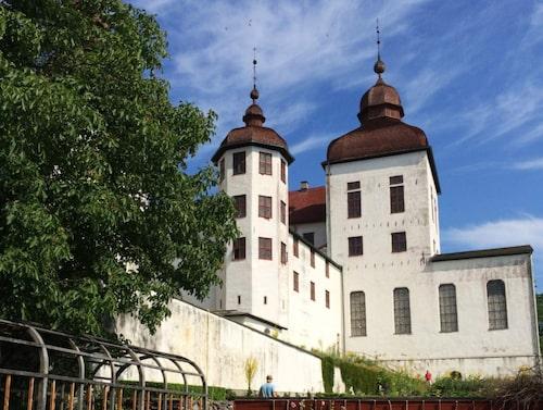 I Läckö slottsträdgård odlas grönsaker och örter till restaurang Hvita Hjorten.