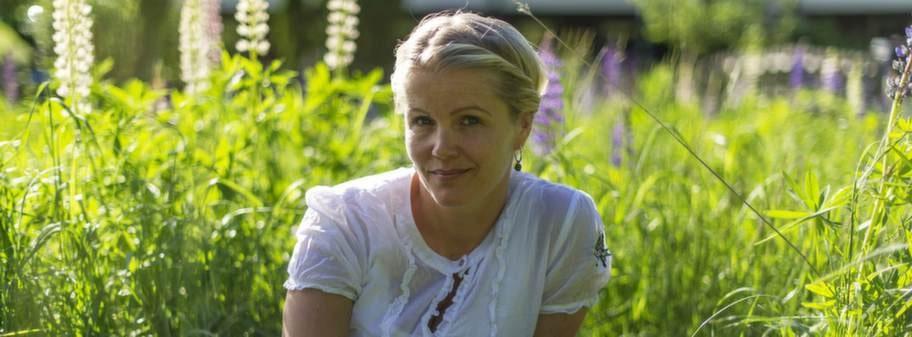 """<p>Annika Eriksson, 40, tandsköterska från Haninge, har sedan barnsben lidit av förstoppning. """"Efter en lång kamp blev jag bra. Jag fick rätt hjälp och på några dagar blev jag av med min tröga mage. Förutom medicinen håller jag i gång magen med vardagsmotion och rätt kost. <br></p>"""