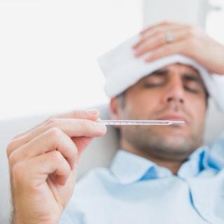 svettas när man har feber