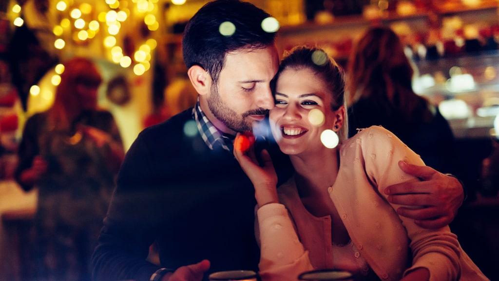 Ibland räcker inte en förälskelse för att bygga en relation.
