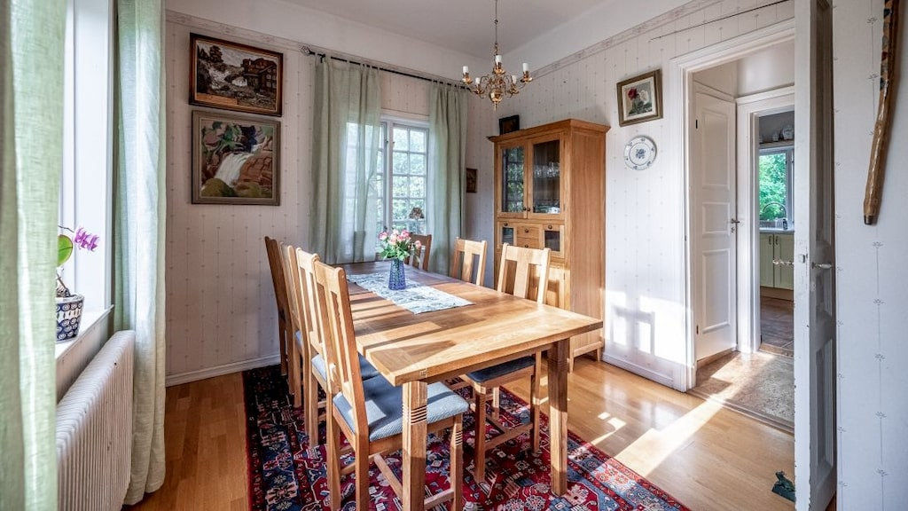 Här är rummet som på 1960-talet var ett sovrum där det sägs att Jimi Hendrix bodde med sin flickvän.