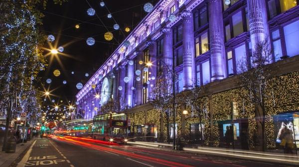 Varuhuset Selfridges & Co är en bra start på en shoppinghelg i London.