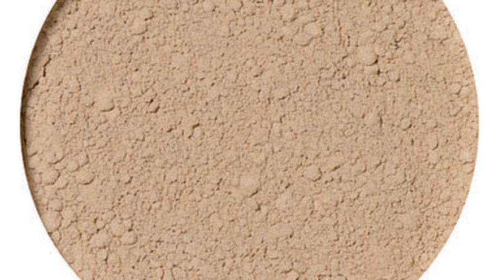 """Foundation, """"Freja"""" från idun Minerals, 349 kronor."""