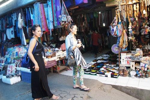 Utbudet på Ubuds marknad är stort och färgstarkt.