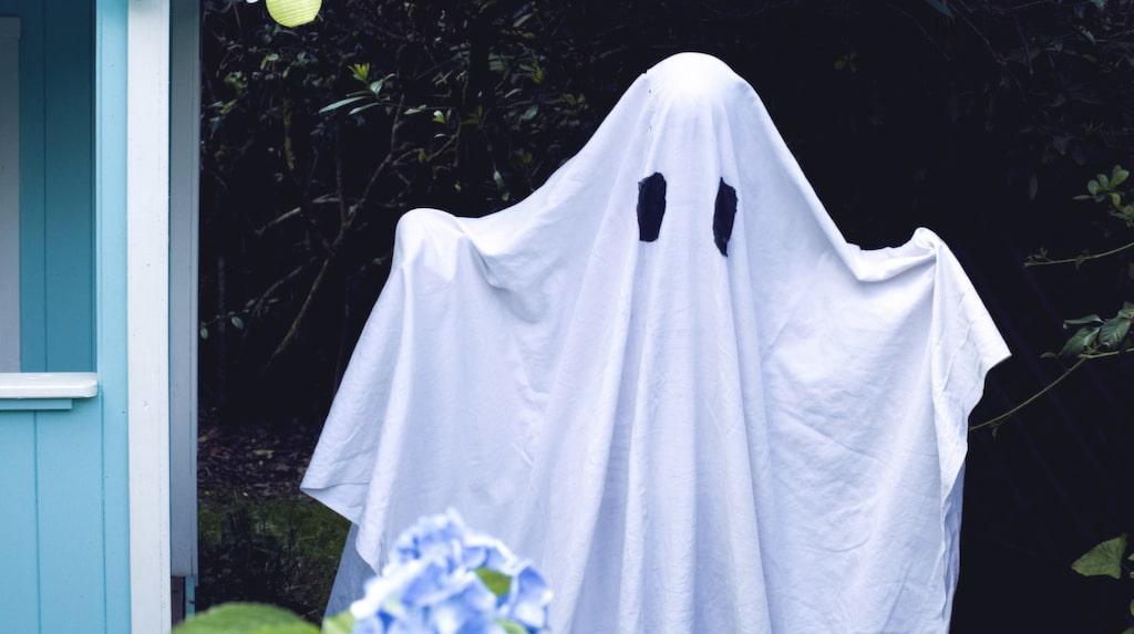 Klä ut dig till spöke på halloween –enklare blir det inte!