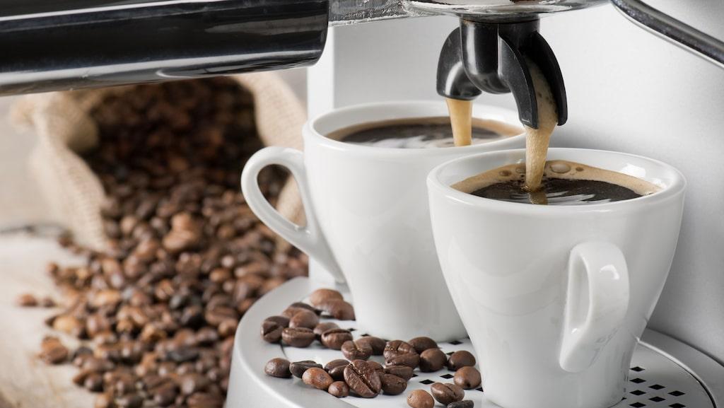 Trots att exakt samma bönor används kan espresson bli väldigt olika bra – beroende på vilken maskin den görs i. Här testas 7 automatiska kaffemaskiner.