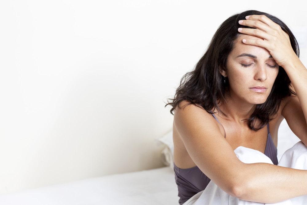 Östrogenbrist kan ge problem med bland annat huvudvärk.