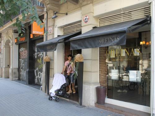 Restaurang 9 Reinas är en cool och välskött krog.