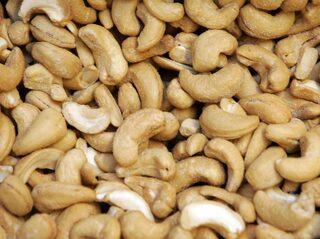 vad innehåller cashewnötter