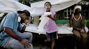 Minst 50 doda nar skola rasade pa haiti