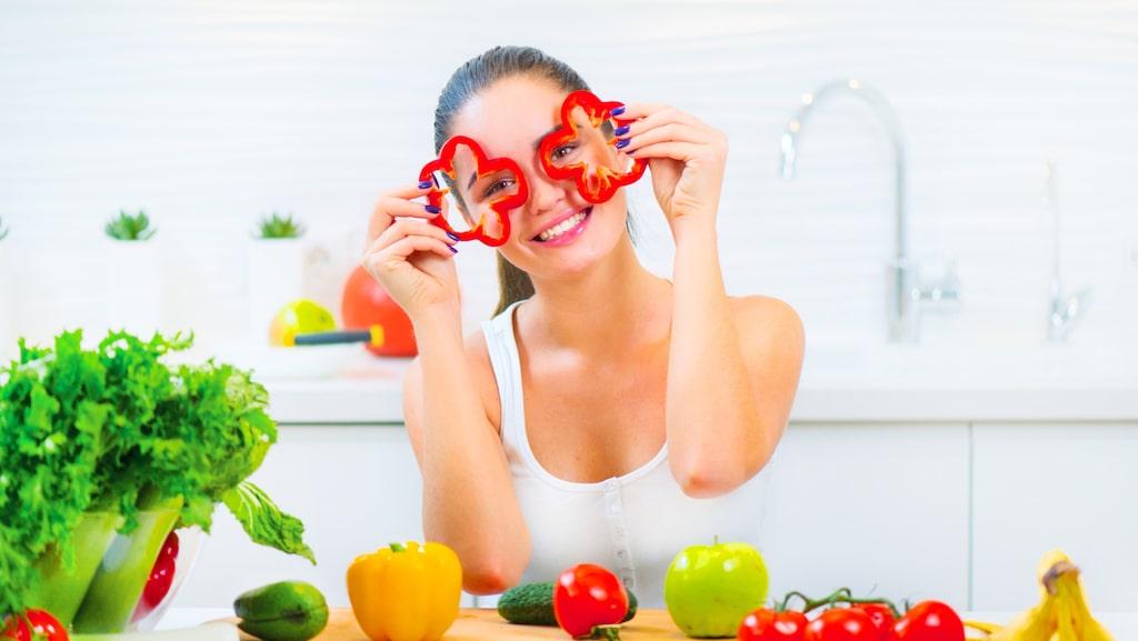 Att tillaga grönsaker i mikrovågsugnen är bra, menar experten.