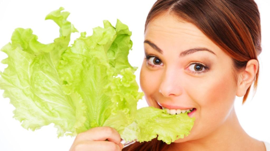 <p>Människor som äter grönsaker känner sig gladare, enligt ny studie.</p>