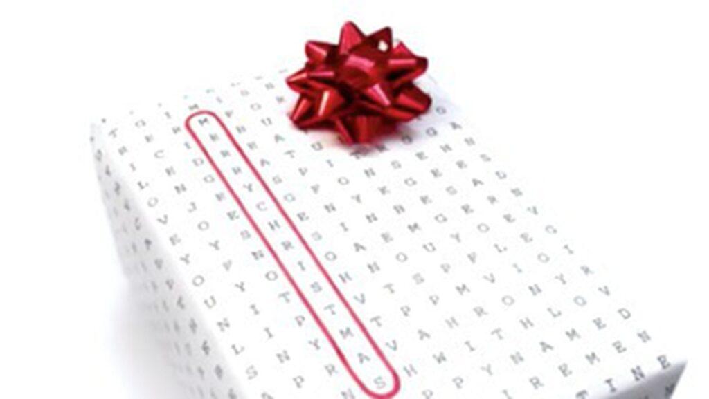 2. Inslagspapper till alla tillfällen. Välj bara det du vill uttrycka genom att ringa in rätt ord på papperet. Funkar såväl till julafton, födelsedagar som bröllop och massor av annat.