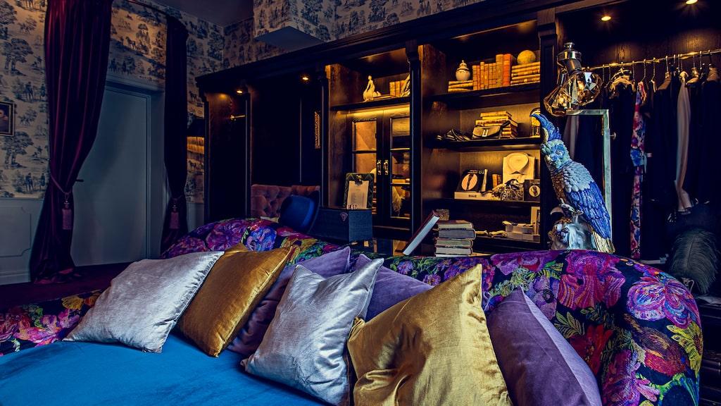 """Hotel Pigalle har vad modemagasinet Vogue kallar """"världens mest dekadenta svit""""."""