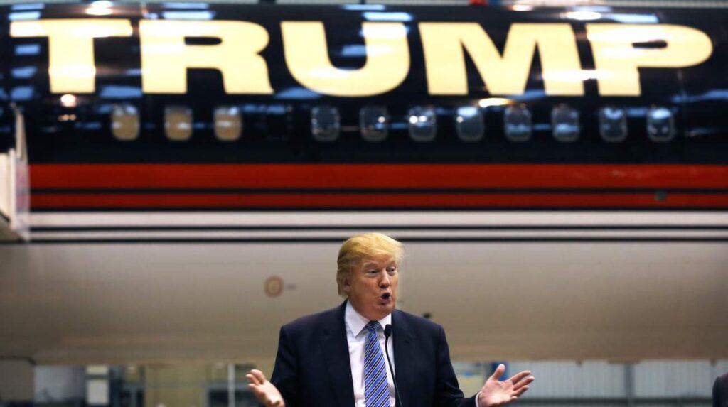 <p>Den amerikanske affärsmannen Donald Trump, 69, är mest känd för sina skyskrapor som han byggt runtom på Manhattan och på andra ställen i USA.</p>