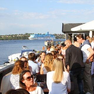 sjönära restauranger stockholm