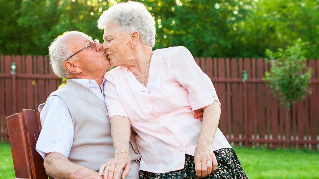 Det visar ny forskning som stärker tesen att goda relationer är bra för hälsan.
