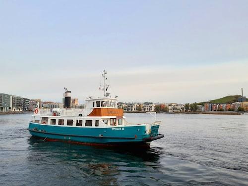 M/S Emelie går från Nybroplan till Hammarby sjöstad.