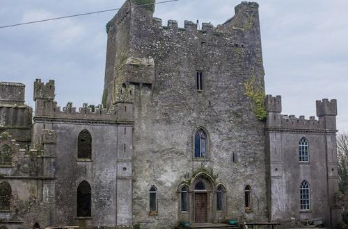 Leap Castle.