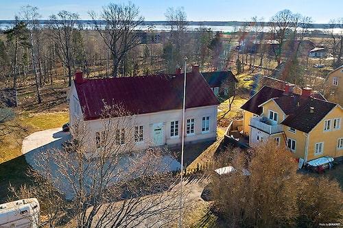 Huset från 1886 var i kyrkans tjänst i över hundra år innan det gjordes om till ett hem.