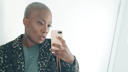 unga rakade bilder söt Ebony porr röret