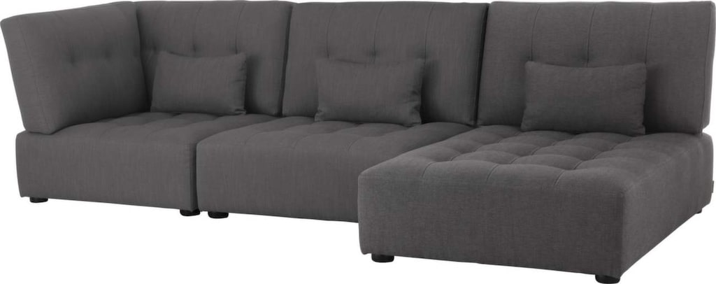 Generös divan<br>Mörgrå soffa Reiko med divan, 16 100 kronor, Habitat.