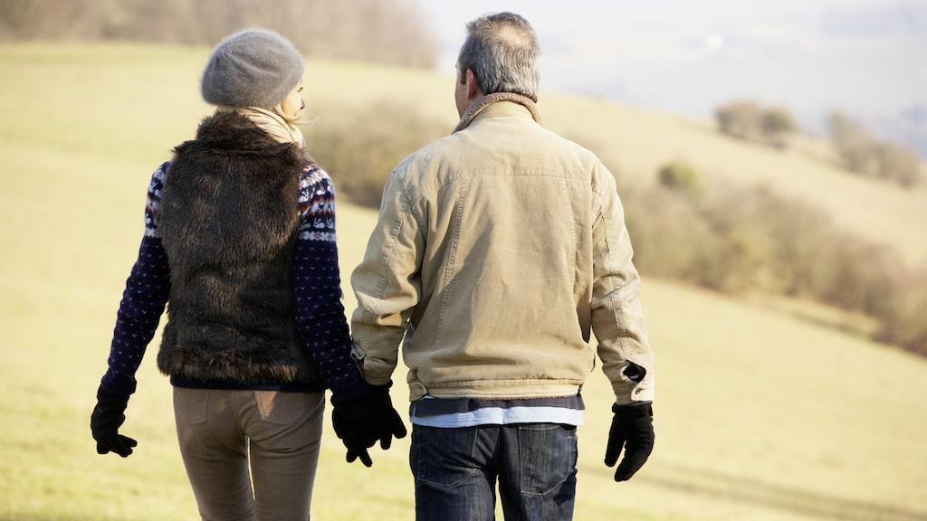 Enligt en ny svensk studie kan vanliga promenader minska riskerna för att en stroke ska bli allvarlig.