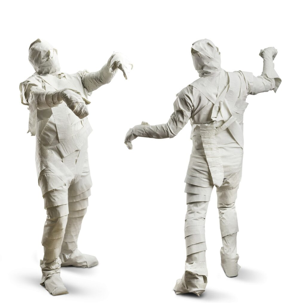 Inte heller en mumie är svår –eller dyr –att klä ut sig till.