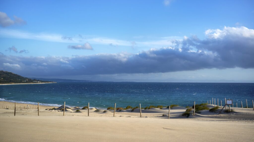 Playa de Bolonia, Tarifa, Andalusien, Spanien.