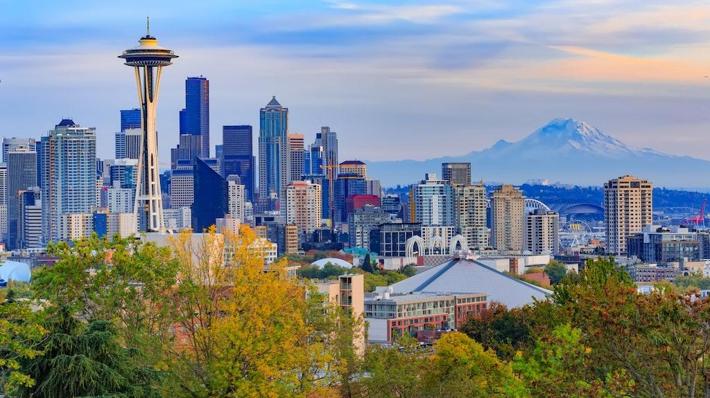 Space Needle, i centrum av Seattle, är en av de mest välkända symbolerna längs den amerikanska västkusten.